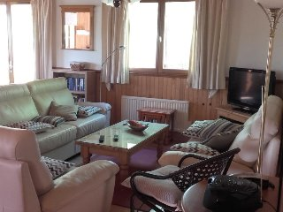 Lachapelle-Auzac Holiday Home Sleeps 8 with Pool and Free WiFi - 5050169