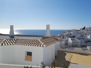 Albufeira, 5 minutes to the beach, Beach and city view