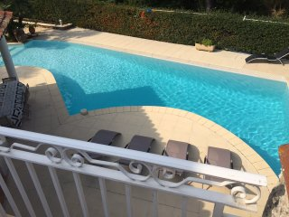 3 bedroom Villa in Saint-Raphaël, Provence-Alpes-Côte d'Azur, France : ref 52385