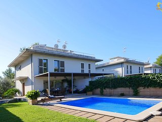 3 bedroom Villa in sa Pobla, Balearic Islands, Spain : ref 5570410