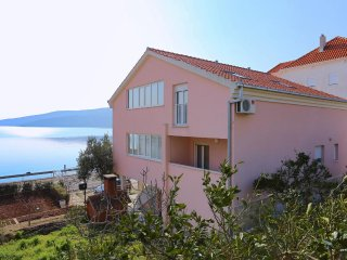 Two bedroom apartment Poljica, Trogir (A-10353-a)