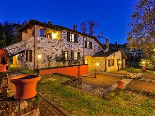 Gli Ulivi - Apartment for 5 in a Country Hotel