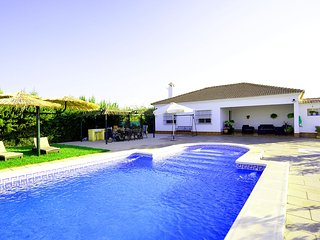 Casa Manuel, modern country house in the Countryside of Seville
