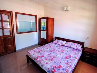 Candolim: Cozy, furnished apartment close to the beach