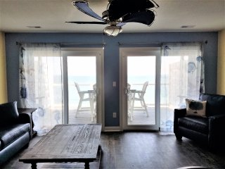 Put-in-Bay Waterfront 12-person Condo