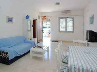 Apartments Tomasic - Two Bedroom Apartment with Sea View (Ana)
