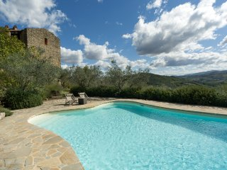 CASALE SAN LORENZO private pool, air conditioning, stylish interiors, historical