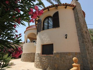 VILLA 4 PERSONAS CON PARKING CERCA DE LA PLAYA.(A0224)
