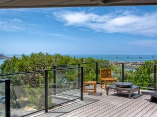 Lanai Suite -BREATHTAKING OCEAN AND LAGOON VIEWS! PEACEFUL NEW CUL-DE-SAC HOME..