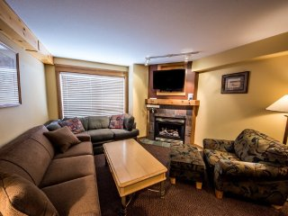 #312: 1 Bedroom + Den for 11 in Chateau Big White