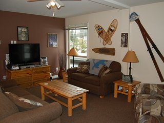 Big White Whitefoot Lodge 2 Bedroom Condo for 7