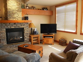 Big White Grizzly Lodge Studio Premium Condo
