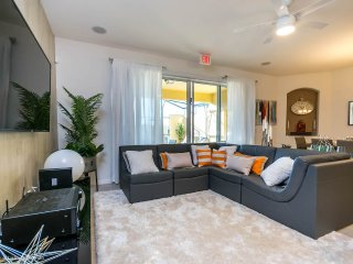 Gorgeous New 4BR 3bth Solterra Resort Townhouse w/splash pool from $123 a night