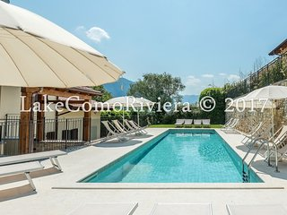 BELVEDERE B4-LAKE VIEW APARTMENT WITH POOL & PRIVATE GARDEN-MEZZEGRA-LAKE COMO
