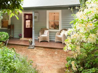 Candlelight Cottage - Olinda