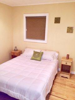 Bedroom 2, queen bed sleeps 2