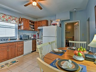 Ground-Floor Bangor Apt. ~ 30 Mins to Camelback!