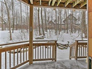 Warm&Cozy Ski-In/Ski-Out Condo in Jay Peak Resort!