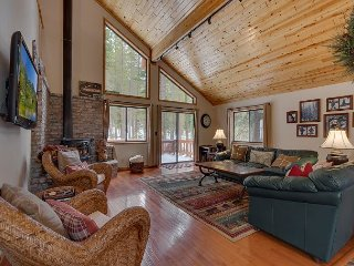 NEW LISTING - 3 BR Tahoe Donner Home Backing to Forest