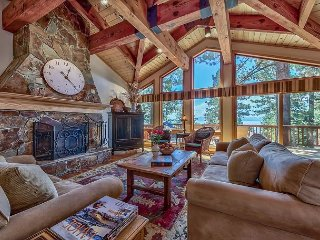 Enchantment Dollar Point - Luxury 5 BR 4 Bath w/ Lake View, Hot Tub, & Sauna
