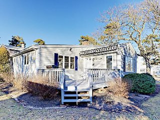Garden Cottage Just Steps from the Beach in Cape Cod – Sleeps 6