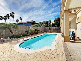 2BR Island-Style Condo w/ Balcony & Pool—Steps to Beach & Dining