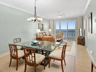 Gateway Grand 707 - Luxury Oceanfront w/ Pools & Game Room!