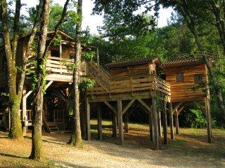 Les Cabanes du Tertre 2