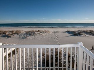Casa Ba'Nana: Waterfront Duplex on Gulf Shores Beach w/ Private Beach Access