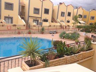 Apartamento Costa Adeje - Tenerife Sur.    Calle Roques del Salmor , 14  ,  16B