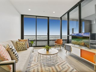 Ultra Modern and Convenient 1 Bedroom Pad