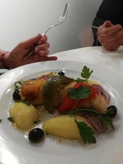 Ecrasé de pomme de terre à l'huile d'olive nouvelle.  dos de cabillaud au piment d Espelette