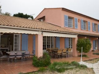 132729 villa with full sea view, 6 bedrooms, pool of 11 x 5.5 mtr, aircondition.