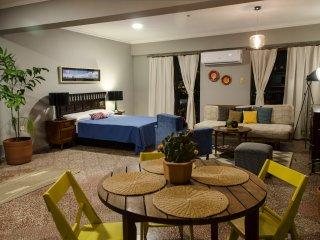 Suite San Roque. Espacioso Studio en el Centro.