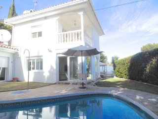 Puerto Banus - Superb Location 4 bed villa