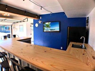 Ocean Blue w/ Garage Lounge & Nearby Beach Access!