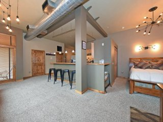 Discover Wonderful Old Town Fort Collins From Our Perfectly Located Loft!