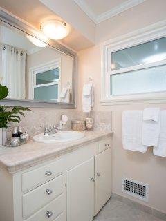 Warm bathroom with gorgeous tile
