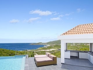 Sea La Vie - Ideal for Couples and Families, Beautiful Pool and Beach