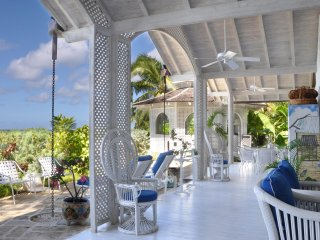 Wemsea - Ideal for Couples and Families, Beautiful Pool and Beach
