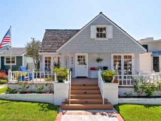 April Special!  Five bedroom Corona Del Mar cottage 1/2 block from State Beach!