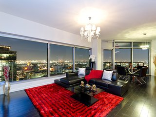 URBAN DOWNTOWN LA CITY VIEW PENTHOUSE