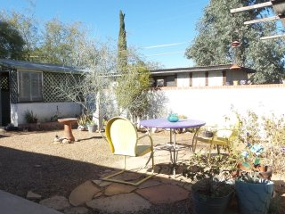 Charming 1950 Ranch in the heart of Midtown Tucson