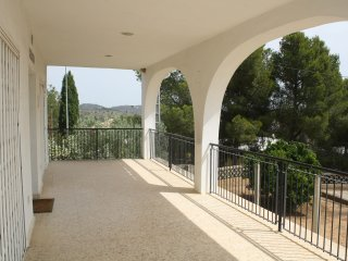 Tranquil 2 bed, 2 bathroom villa nestled in the mountains with stunning views