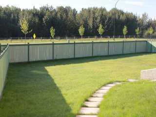 4beds, 2Bath Suite In Golf Course By Henday, Whitemud - Long Term Discount!!