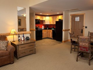 Comfortable 1 Bedroom Ledge Rock Suite with Beautiful Wood Furnishings