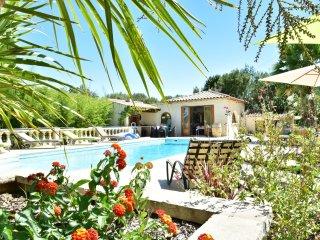 Villa RIVIERA avec jacuzzi prive et piscine a Sommieres