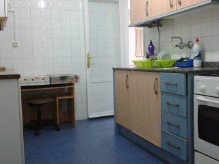 03 - Habitacion Individual - Excelente Ubicacion y Barata.
