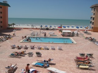 Beach Cottage 2304 Gulf Front Condo - Sand, Surf, Sunny Days, Private, Secure
