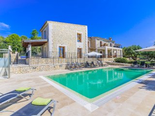 6 bedroom Villa in Port d'Alcudia, Balearic Islands, Spain : ref 5571167